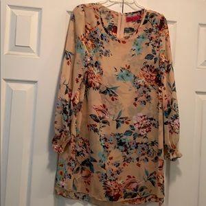 Long sleeve floral shift dress